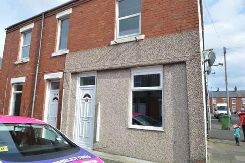 2 bedroom flat to rent - Croft Road, Blyth, Northumberland, NE24