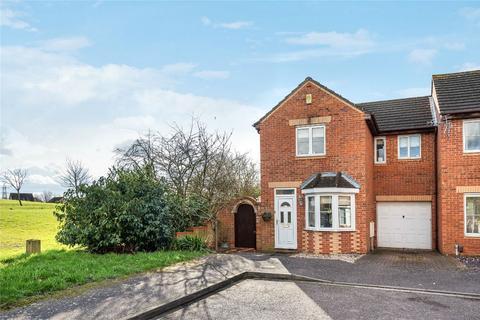 3 bedroom semi-detached house for sale - Odin Close, Bedford