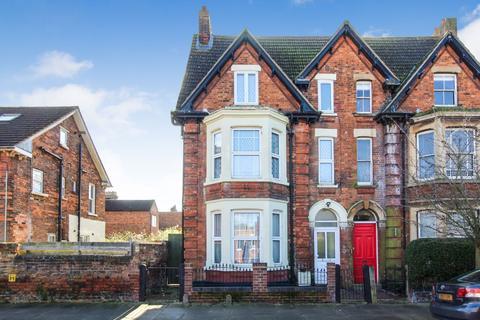 6 bedroom semi-detached house for sale - Milton Road, Bedford