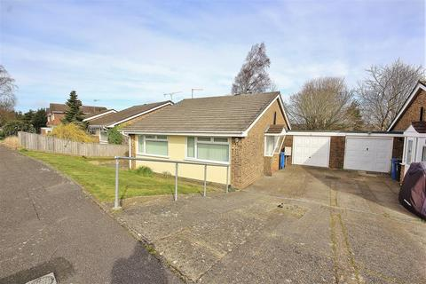 2 bedroom bungalow for sale - Warburton Road, Canford Heath, Poole