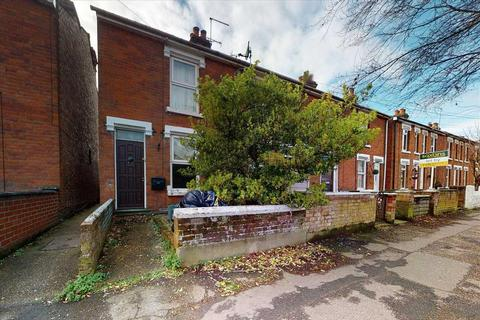 3 bedroom end of terrace house for sale - Greenstead Road, Colchester