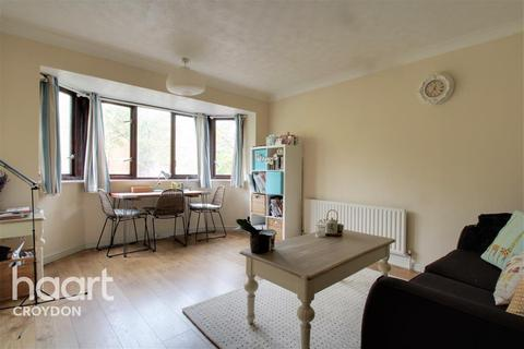 1 bedroom flat to rent - Chartwell Close, CR0