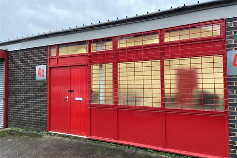 Office to rent - Central Park Industrial Estate, Halesowen Road, Netherton, Dudley, DY2