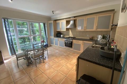 1 bedroom house share to rent - Caversham Place (99 R3), Sutton Coldfield, Birmingham