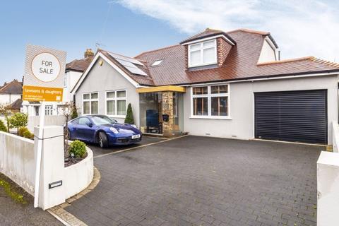 5 bedroom detached house for sale - Kingsmead Avenue, Worcester Park