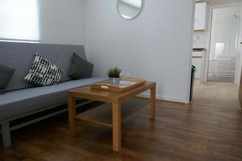 2 bedroom flat to rent - Marlborough Road, Roath, Cardiff