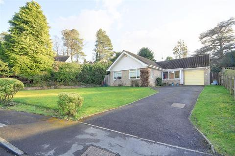 3 bedroom detached bungalow for sale - Oakfield, Hawkhurst