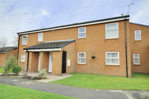 3 bedroom apartment for sale - Glenfield Drive, Kirk Ella