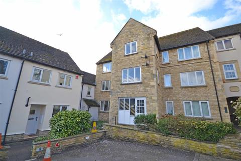 2 bedroom apartment to rent - Warrenne Keep, Stamford