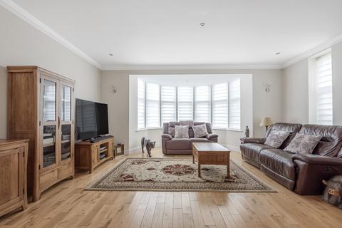 2 bedroom flat for sale - Denbridge Road Bromley BR1