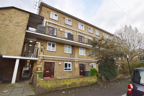 3 bedroom maisonette for sale - Kelland Road, Plaistow, London, E13 8DS