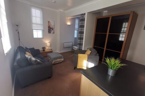 Studio to rent - West Bar, City Centre, Sheffield S3