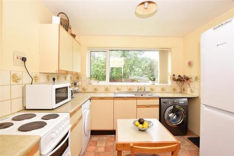 2 bedroom detached bungalow for sale - New Street, Canterbury, Kent