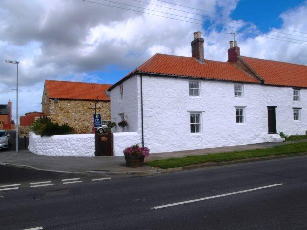 3 Bedrooms Semi Detached House for sale in EAST MURTON FARM COTTAGE, MURTON, SEAHAM DISTRICT