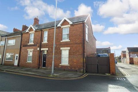 4 bedroom terraced house for sale - High Market, Ashington, Northumberland, NE63 8PD