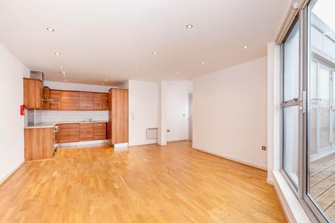 3 bedroom flat to rent - 74 Back Church Lane, London E1