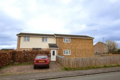 1 bedroom apartment to rent - Kingham Drive, Carterton, Oxfordshire, OX18