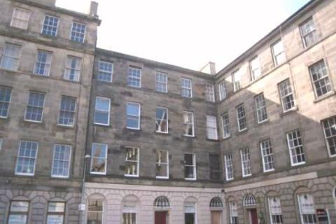 4 bedroom flat to rent - St Patrick Square, Newington, Edinburgh, EH8