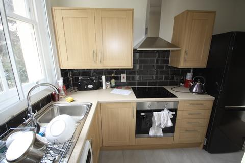 Studio to rent - Morden Road, Blackheath SE3