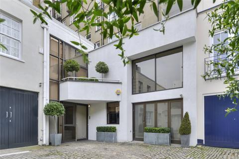4 bedroom mews for sale - West Eaton Place Mews, Belgravia, London, SW1X