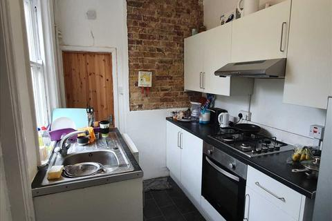 3 bedroom end of terrace house to rent - St Peters Grove, Canterbury