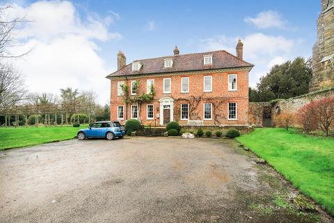 2 bedroom apartment to rent - High Street, Penshurst