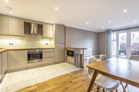 3 bedroom semi-detached house for sale - Garden Road, Tonbridge