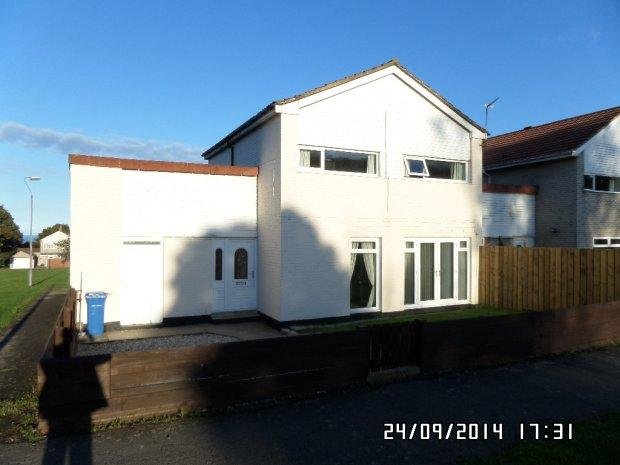 4 Bedrooms Detached House for sale in WESTMORLAND RISE, PETERLEE, PETERLEE