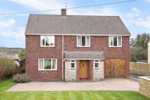 4 bedroom detached house for sale - Victoria Road, Warminster