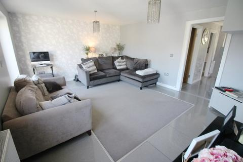 3 bedroom semi-detached house for sale - The Close, Portsmouth