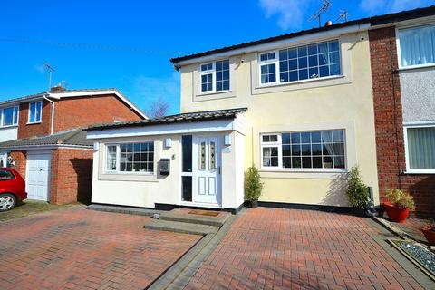 4 bedroom semi-detached house for sale - Ullswater Road, Buckley