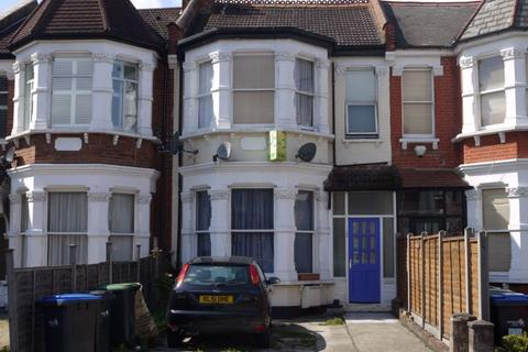1 bedroom house share to rent - Flat 4, 125 Palmerston Road, Wood Green, London, N22 8QX