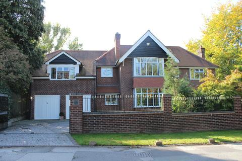 5 bedroom detached house to rent - Torkington Road, Wilmslow