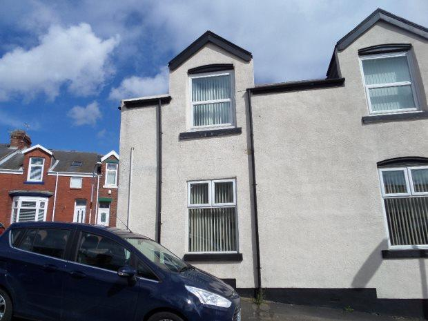 2 Bedrooms Ground Flat for sale in DARWIN STREET, SOUTHWICK, SUNDERLAND NORTH