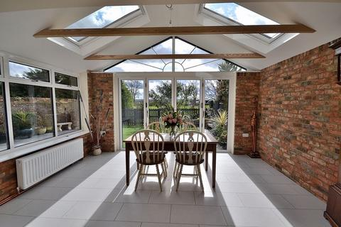 4 bedroom detached house for sale - Wellhead Road, Dunstable