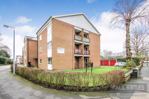 Studio to rent - Manor Park, Manor Avenue, Urmston, Trafford, M41