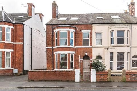 5 bedroom semi-detached house to rent - St Andrews Road South, Lytham St Annes, FY8