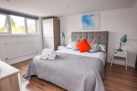 4 bedroom block of apartments for sale - Pinnocks Way, Botley