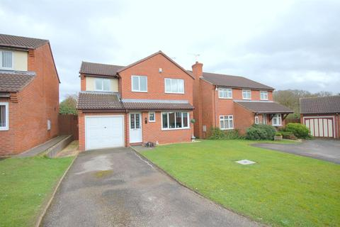 4 bedroom detached house for sale - Nevis Drive, Crewe