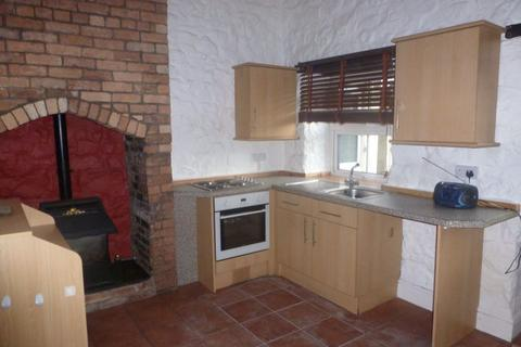 3 bedroom flat to rent - High Street, Caergwrle, LL12