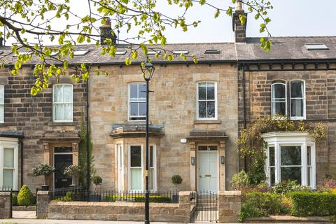 4 bedroom terraced house for sale - Beech Grove, Harrogate, North Yorkshire, HG2