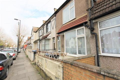 3 bedroom house for sale - Victoria Road, London, N9