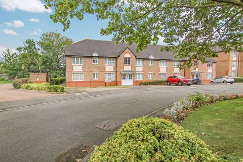 2 bedroom flat for sale - Braikenridge House, Cunnard Crescent, Winchmore Hill, N21  - Affluent Location