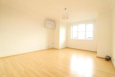 2 bedroom flat to rent - Anthony Court, London