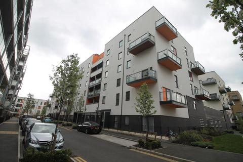1 bedroom flat for sale - Wideford Drive, Romford RM7