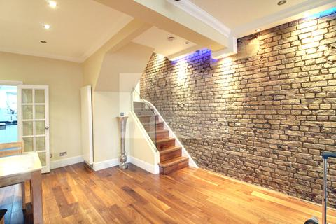4 bedroom terraced house to rent - Violet Hill, St Johns Wood, NW8