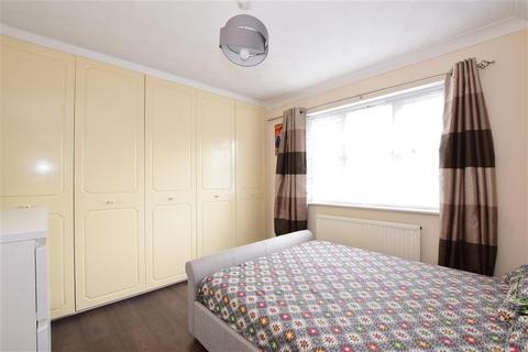 1 bedroom ground floor flat for sale - Chadwell Heath Lane, Chadwell Heath, Essex