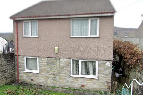2 bedroom ground floor flat for sale - St. Annes Drive, Tonna, Neath, Neath Port Talbot. SA11 3JU