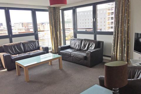 3 bedroom flat to rent - Lower Gilmore Bank, Fountainbridge, Edinburgh, EH3 9QP