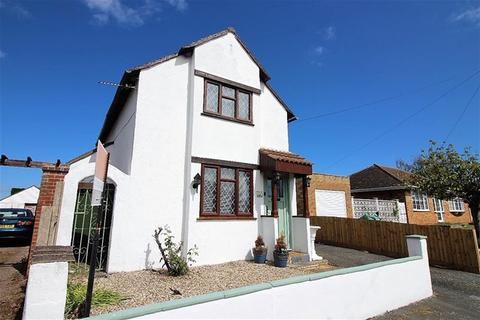2 bedroom detached house for sale - Windermere Road, Holland on Sea, Clacton on Sea